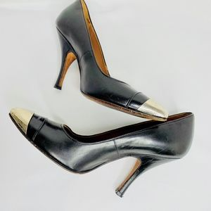 Donald Pliner Ville Blk pumps w/ metal toes, sz 6